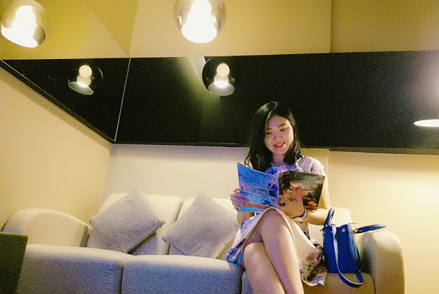 The girl who pamper her skin, Shirley