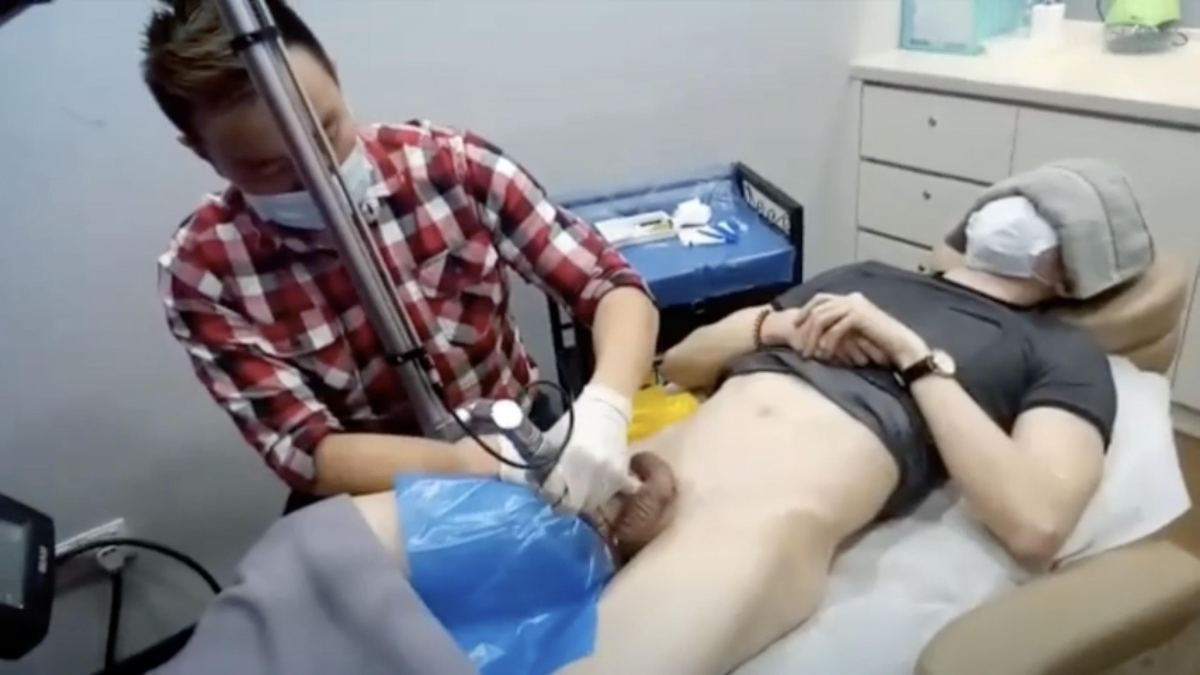PENIS Whitening Laser