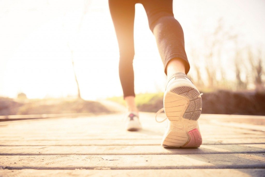 How-much-walking-to-lose-weight